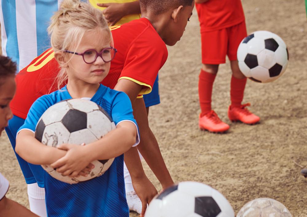 Снимка: Футболни тениски за децата и бъдещето им от H&M