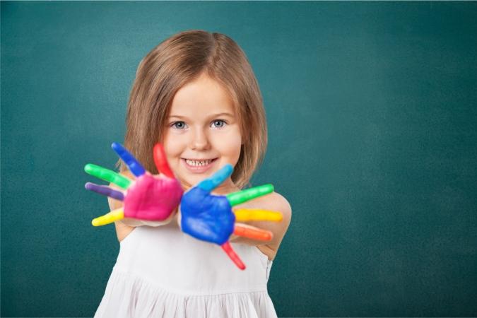 Снимка: Рисуване с пръсти - детска работилничка