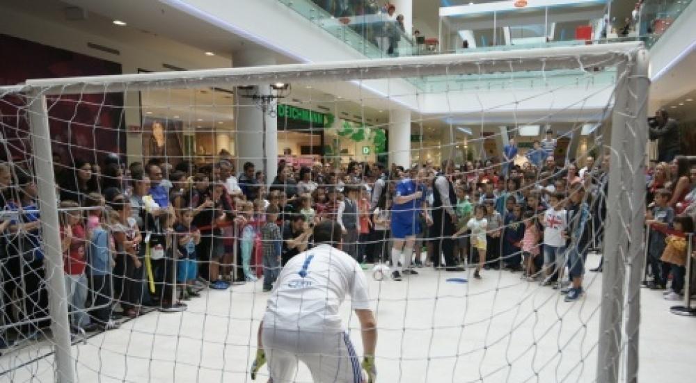 Снимка: Музика, футбол и награди в последния ден от МЕГА откриването